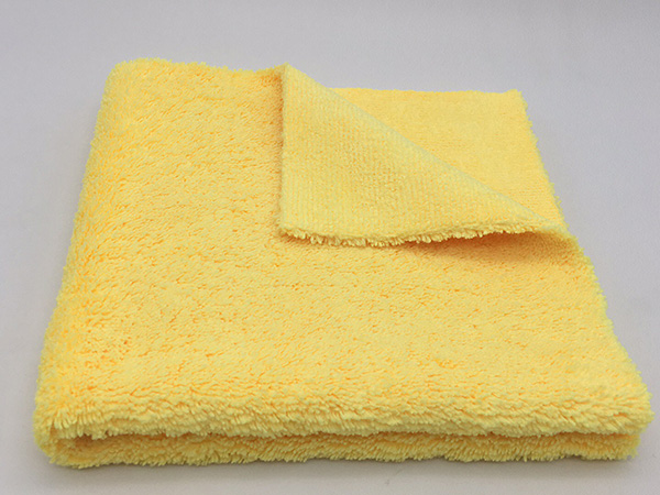 Plush or Ultra Plush Microfiber 40x60cm 300gsm