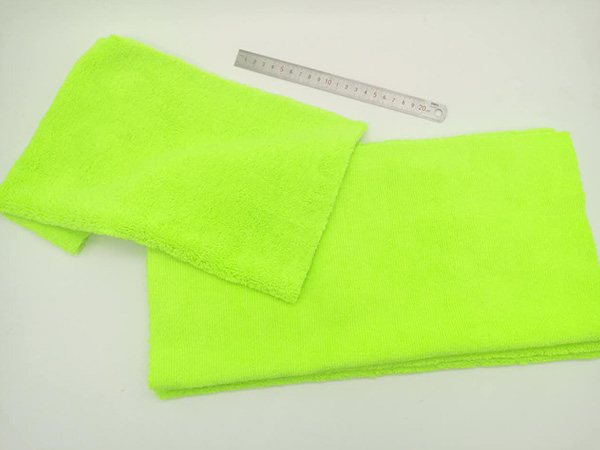 Plush or Ultra Plush Microfiber 75x150cm 300gsm