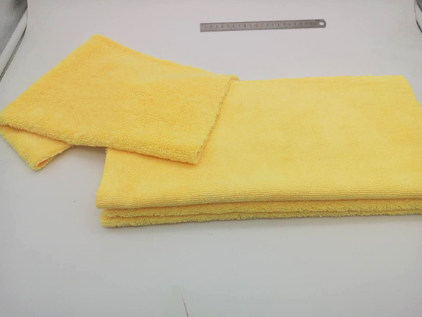 Plush or Ultra Plush Microfiber 40x40cm 320gsm